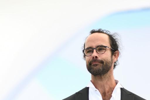 Médaille remise à Cédric Herrou: le préfet recadre le maire de Grenoble