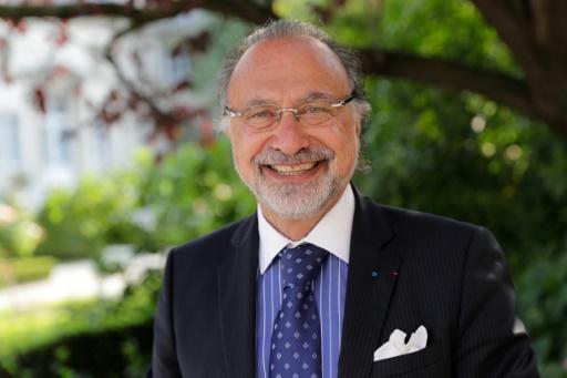 Serge Dassault: pas de querelle d'héritiers, assure son fils Olivier
