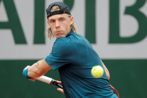 Roland-Garros: le premier coup de
