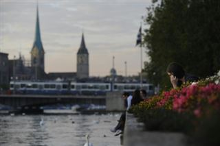 Zurich et Genève restent les deux villes les plus chères au monde