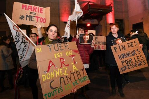 Appel à un rassemblement avant le concert parisien de Bertrand Cantat, le 7 juin