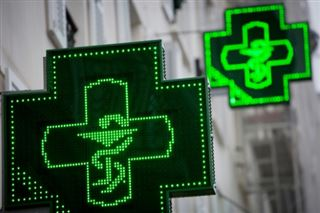 Médicaments sans ordonnance- les labos s'insurgent contre le paquet neutre