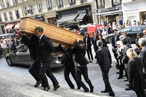 Michel Drucker et Line Renaud venus rendre un dernier hommage à Pierre Bellemare