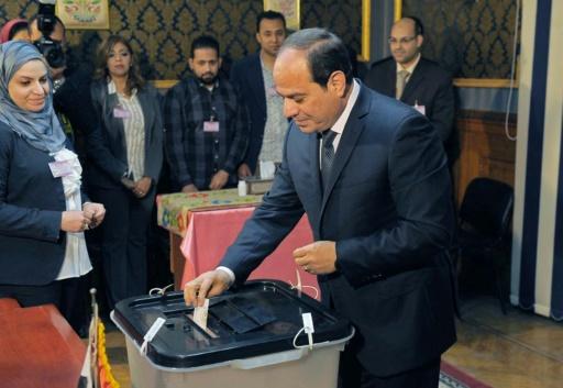 En Egypte, Sissi prête serment en pleine vague d'arrestations