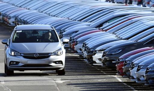 Le marché automobile français stable en mai malgré un jour de moins