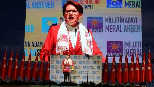Turquie: le difficile défi d'une rivale d'Erdogan au passé encombrant