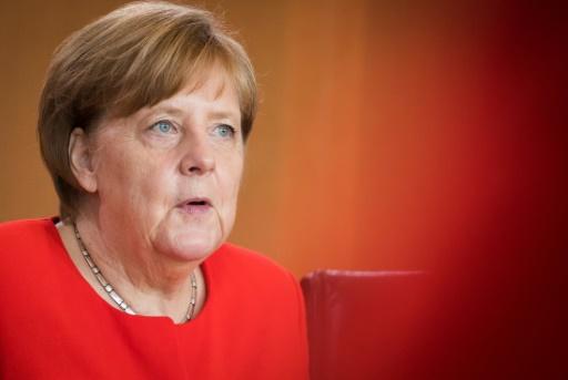 Angela Merkel lâche du lest sur la zone euro
