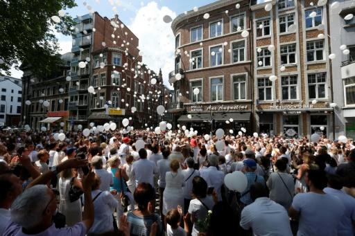 Belgique: Marche blanche pour les trois victimes de l'attaque jihadiste de Liège