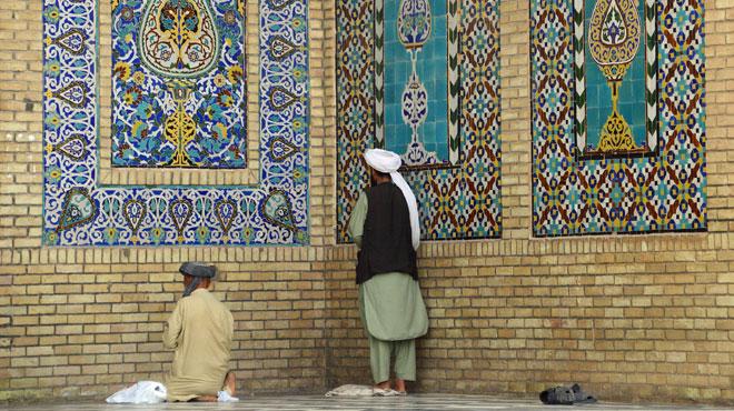 Attentat terroriste contre des religieux afghans qui venaient justement de proclamer une fatwa... contre le terrorisme
