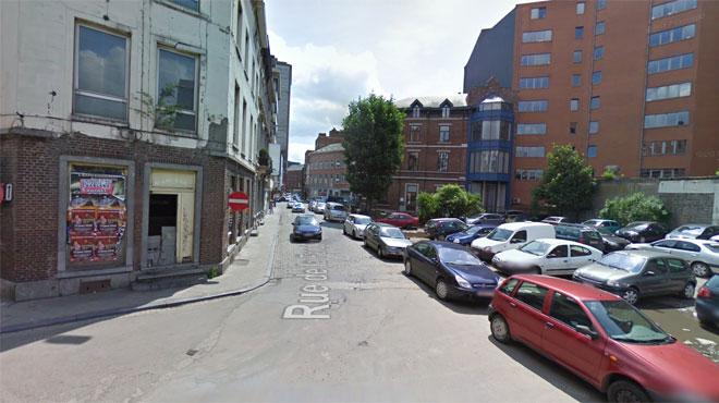 Un déséquilibré armé d'un couteau intercepté à Charleroi