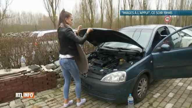 Des morceaux de tuyau d'arrosage sous le capot: Céline a acheté une voiture d'occasion en règle et n'a pas vu l'arnaque