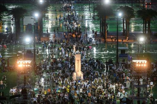 Veillée aux chandelles annuelle à Hong Kong en souvenir de Tiananmen