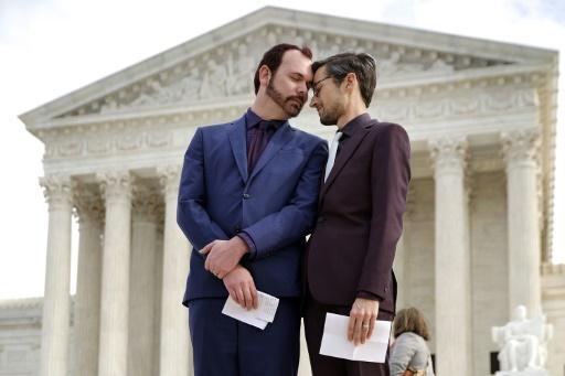 Victoire judiciaire d'un pâtissier américain ayant éconduit un couple gay
