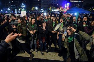 Argentine- des foulards verts pour légaliser l'avortement