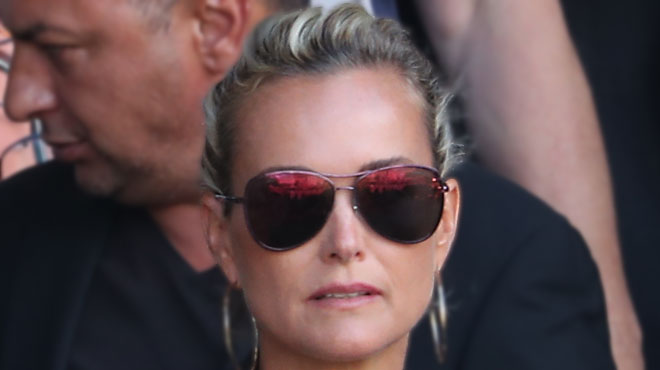 Johnny Hallyday: Laura Smet sort du silence