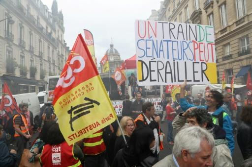 SNCF: les sénateurs approuvent la réforme ferroviaire, les syndicats ne baissent pas la garde