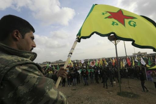 Syrie: les Kurdes quittent une ville clé après un accord américano-turc