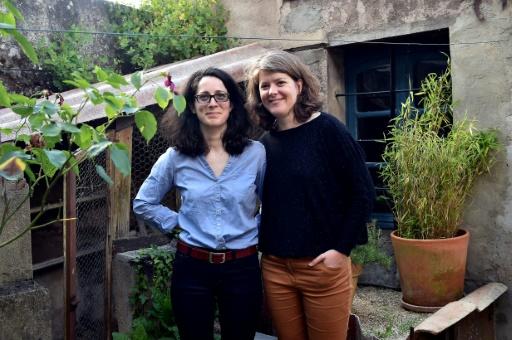Marie et Ewenne, le combat d'un couple de femmes pour obtenir la PMA