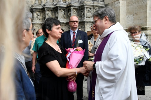 Dans l'Yonne, dernier hommage à Sophie Lionnet, jeune fille au pair tuée à Londres