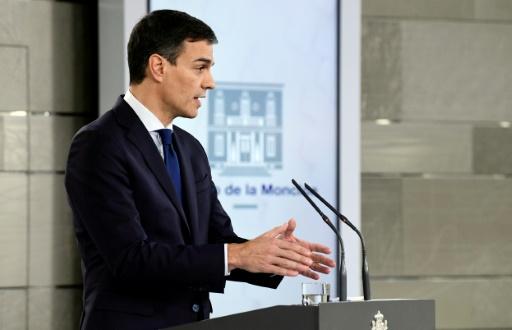 Espagne: Sanchez a peu de marge de manoeuvre pour des mesures sociales