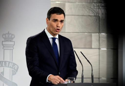 Espagne: le gouvernement de Sanchez devant le roi