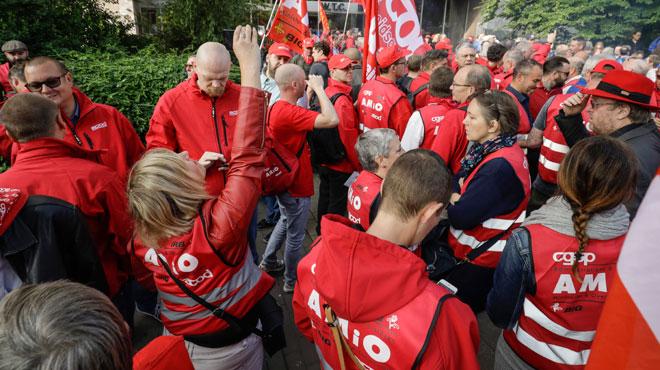 Les syndicats sont désertés: que se passe-t-il?