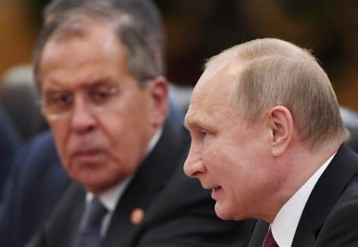 Poutine et Porochenko discutent d'un