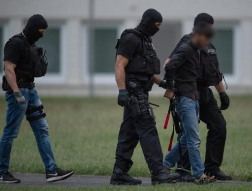Un Irakien soupçonné du meurtre d'une adolescente livré à l'Allemagne