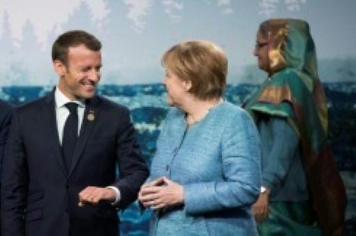 Merkel reste opposée aux idées de Macron sur la zone euro