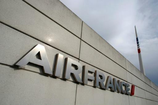Air France: la CFDT critique le nouvel appel à la grève des pilotes