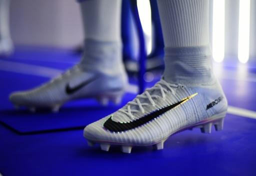 Nike refuse de chausser l'équipe d'Iran pour la Coupe du monde de football