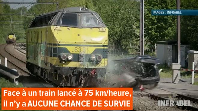 Une voiture percutée par un train lancé à toute vitesse pour un crash test grandeur nature unique au monde