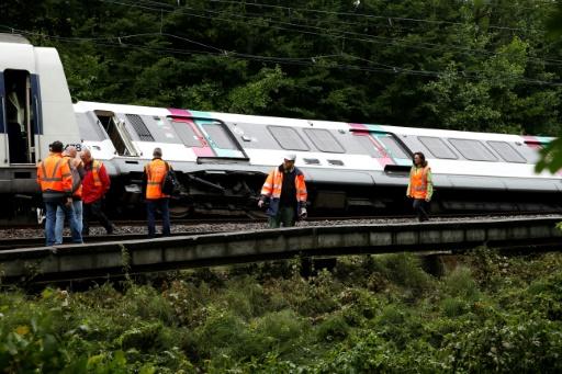 RATP: un RER se renverse après un glissement de terrain