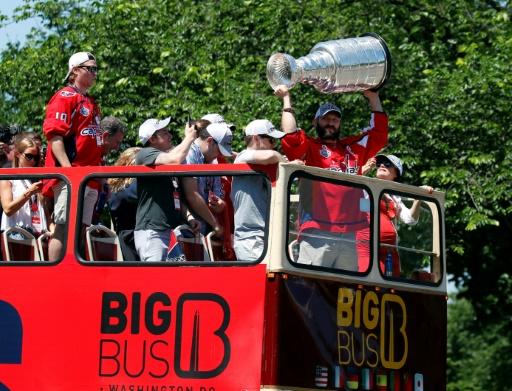 Washington tout en rouge et blanc pour la parade de ses champions NHL