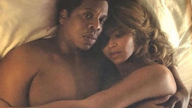 Beyoncé et Jay Z totalement NUS et au lit: des clichés qui rendent les fans complètement FOUS (photos)