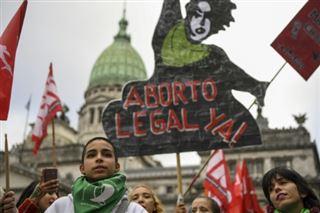 Argentine- la légalisation de l'avortement suspendue au vote des députés