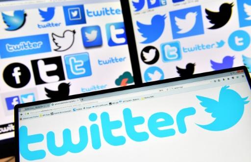 Alertes, personnalisation, Twitter met l'accent sur l'information