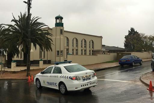 Afrique du Sud: deux personnes tuées à coups de couteau dans une mosquée, l'assaillant abattu