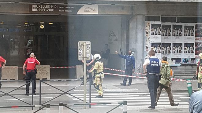 Périmètre de sécurité gare du midi : une fenêtre est tombée d'un bâtiment