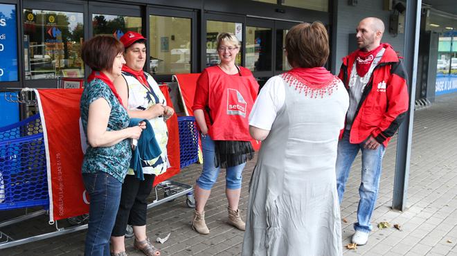 Plan de restructuration chez Carrefour: après avoir obtenu des garanties supplémentaires, le syndicat socialiste approuve le protocole d'accord
