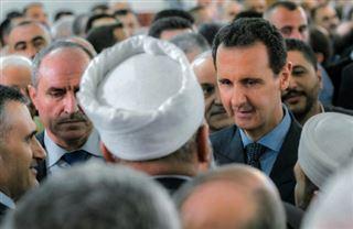 Syrie- rare apparition d'Assad hors de Damas pour l'Aïd