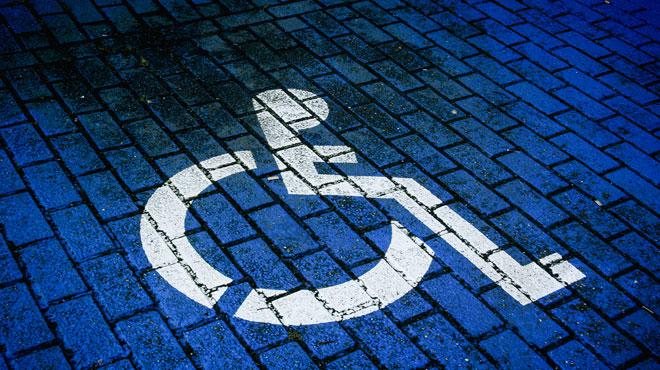 France: un handicapé tire sur un voisin garé sur une place handicapé et se donne la mort