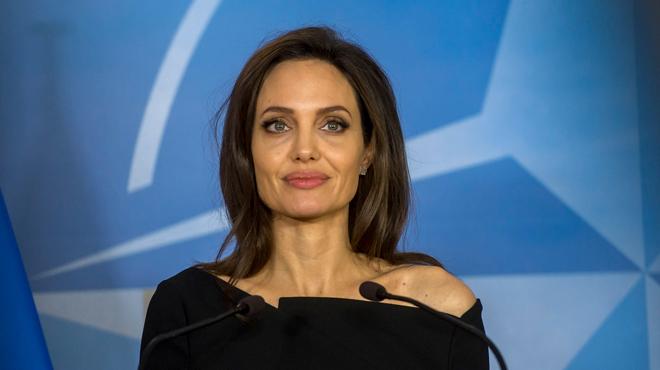 Angelina Jolie se rend à Mossoul, ancien fief du groupe Etat islamique: