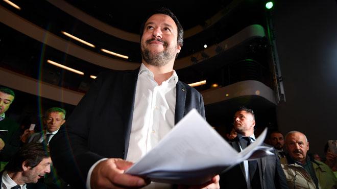 Italie: le ministre de l'Intérieur Matteo Salvini s'attaque aux Roms et annonce un recensement de la communauté