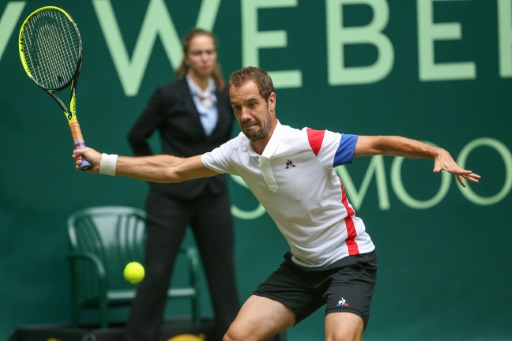 Tennis: à Halle, Pouille et Gasquet chutent d'entrée, Paire attend Federer