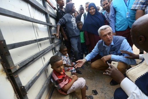 Crise migratoire en Europe: le patron du HCR prône la
