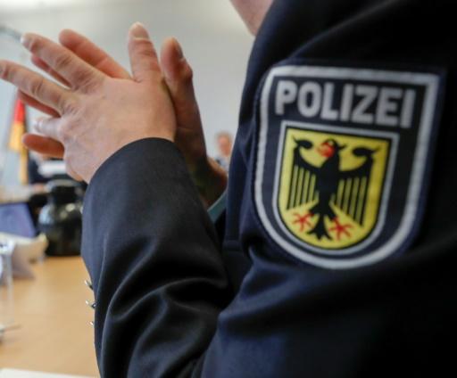 Allemagne: la police dit avoir déjoué un attentat à la bombe à la ricine