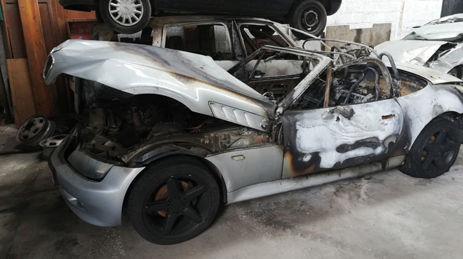 La voiture de Michel complètement brûlée à Braine-l'Alleud ce week-end: