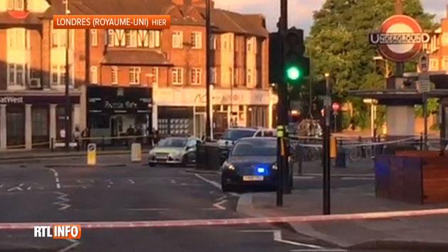 Mouvement de panique hier soir à Londres: un court-circuit provoque une explosion mineure dans le métro