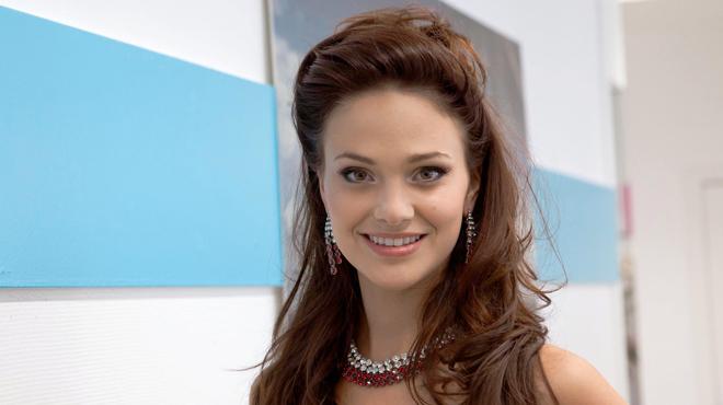 Cilou Annys, ancienne Miss Belgique, condamnée pour excès de vitesse: elle roulait trop vite car